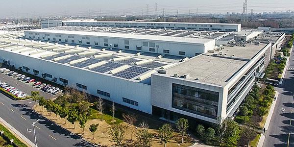 既返销美国又服务中国 聊通用电池工厂