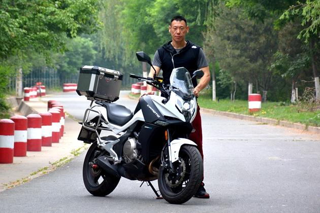 《X-摩托日志》 张迪与他的春风650MT