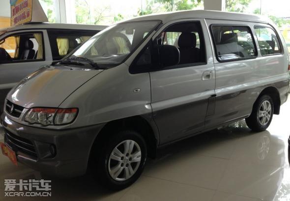 菱智v3小排量商务车高清图片
