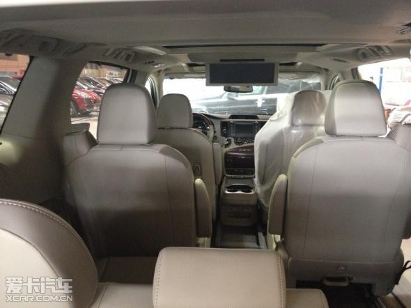 丰田塞纳航空座椅改装埃尔法座椅价格 高清图片