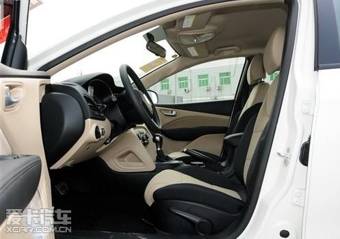 菲亚特菲翔座椅舒适十足 空间利用率高 高清图片