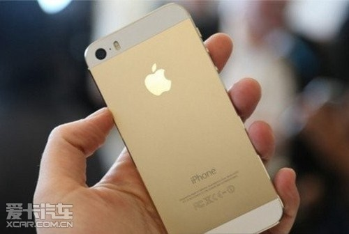 苹果6s掉到马桶的图片