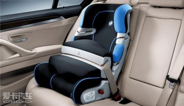 座椅立法一览】   美国:法律规定儿童乘车时必须使用
