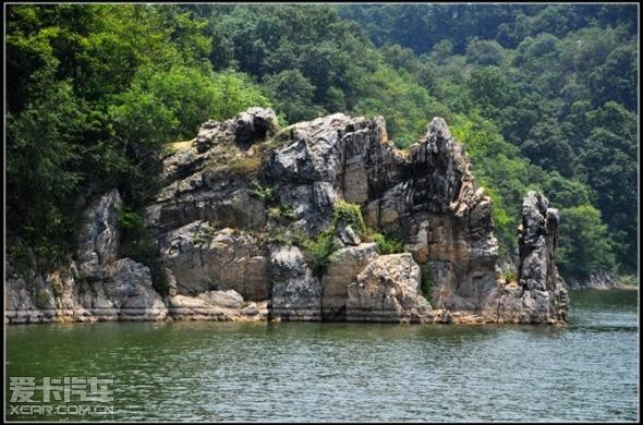 薄山湖风景区位于确山县城南20公里处