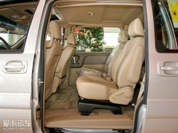 别克GL8商务(共3款车型)-GL8商务,十一特惠 直降5万高清图片