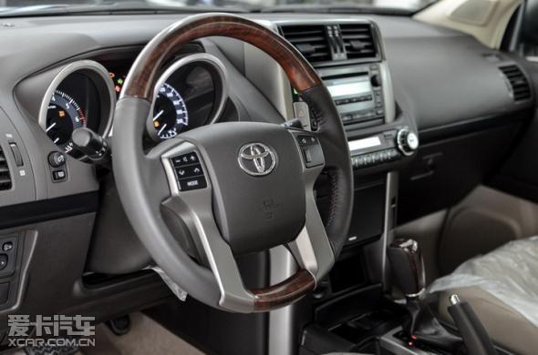 新款普拉多进口丰田霸道2700中东版促销高清图片