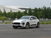 �ܳ�or SUV �����Լݱ�ʱ��Macan Turbo