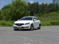 北欧暖男 爱卡试驾2015款沃尔沃V60 T5