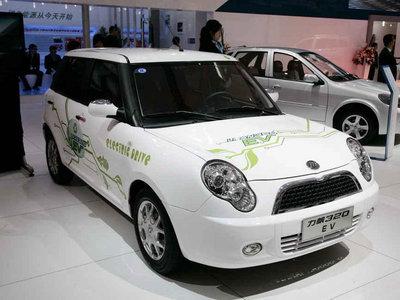 力帆低速电动车320E上市 售价4.38万元-国内新车