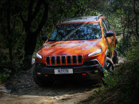 城市里的印第安酋长 测Jeep自由光3.2L