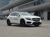 ˫����Ȥ �Լݱ���GLA 45 AMG 4MATIC