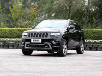 爱卡SUV专业测试 Jeep大切诺基豪华版