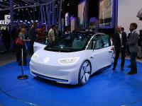 不再玩票 从巴黎车展看车企新能源战略