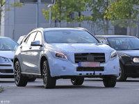 新款奔驰GLA外观小整容 预计明年亮相