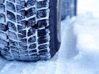 冰雪天行车马虎不得 六款冬季轮胎导购