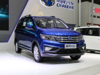 昌河M70今日上市 预售6万起/定位7座MPV