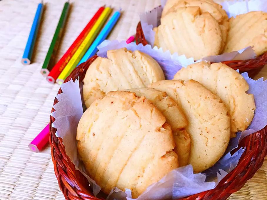 浓香酥脆的花生酱饼干