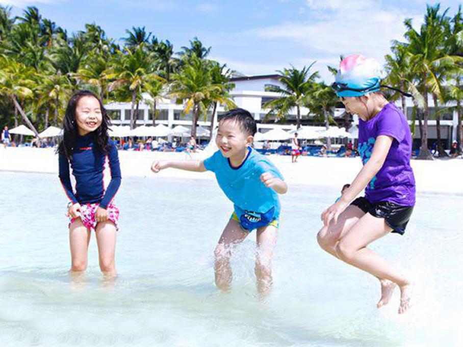 蹦蹦、跳跳和摇摇的长滩岛轰趴之旅!