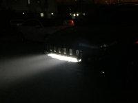 新年新气象:吉普自由光改装灯