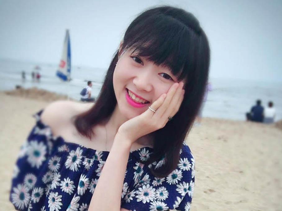 春田花花亿人会 海鲜、泳装!