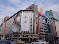 在东京银座闲逛