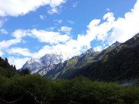 踏寻东方的阿尔卑斯    旖旎的四姑娘山