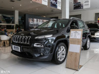 Jeep自由光将新增一款车型 9月正式上市