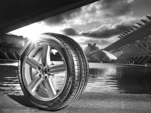 透过文化看轮胎 倍耐力P7比想象的厉害