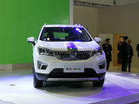 长安CS15 EV上市 售价18.94-19.64万元