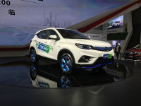 2017广州车展:东南DX3 EV正式首发亮相