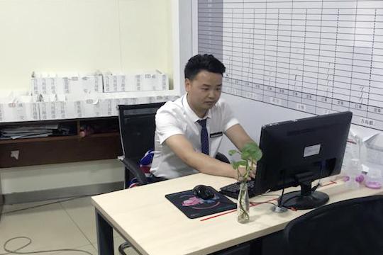 把事业做到极致 专访传祺网销经理刘兴云