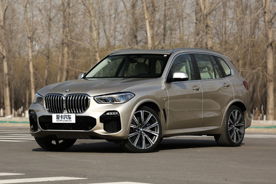 王者耀世登场 全新BMW X5南京展车到店