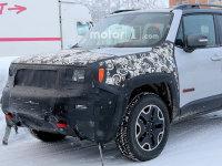Jeep新款自由侠再曝光 配大尺寸中控屏