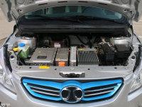 比燃油车省钱?纯电动车都保养些什么?