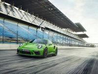 新款保时捷911 GT3 RS上市 售252.8万元
