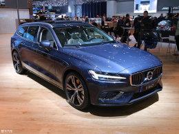 诠释生活 沃尔沃V60对比奔驰C级旅行车