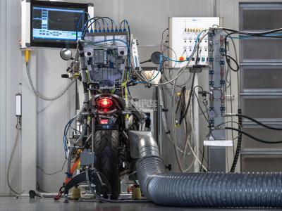 测试更加精密 天蝎建机械化排气实验室