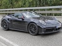 保时捷 911 Turbo敞篷版路试 动力更强