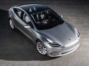 特斯拉Model 3预售58.8万元起