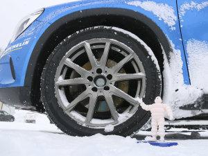 雪天行车必备  冬季胎选购指南