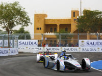 从F1走下坐上第二代FE赛车 是什么感觉