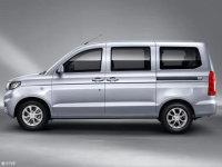 五菱宏光三款新车上市 售价4.58万元起
