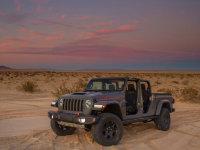 芝加哥�展:Jeep Gladiator沙漠特�e版