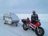 宝刀不老,58岁荷兰探险家骑雅马哈R1开启北极摩旅