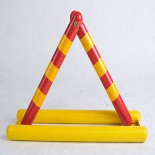 抗压三角形A型车位锁 地锁 加厚防撞 固坚停车锁 停车位 地锁汽车