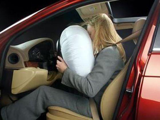 驾驶座安全气囊