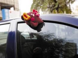 车窗防夹手功能