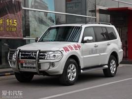 2014款三菱进口帕杰罗上市 售39.8万起