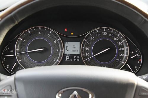大无限新灵感心动力 试驾英菲尼迪qx56 高清图片