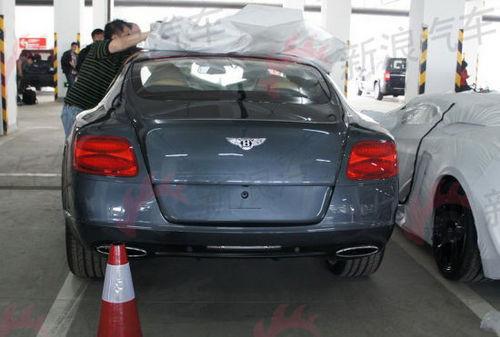 驾驶堪称检验高性能车辆的重要标准,宾利全新欧陆gt双光投影高清图片